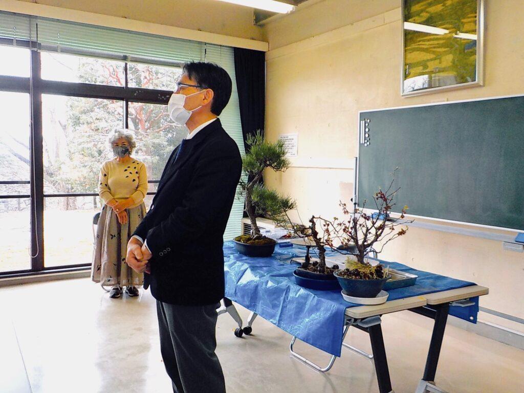 城山公民館の盆栽講座修了式の館長のお言葉
